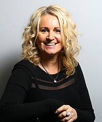 Anja Kapteina - Inhaberin und Friseurmeisterin bei Figaro der Friseru in Nienburg